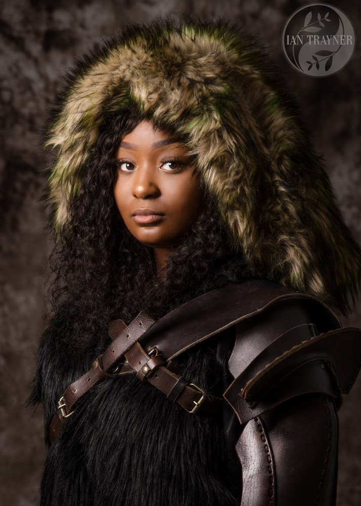 "Creative and artistic photo portraits by Ian Trayner ""Mongol girl"""