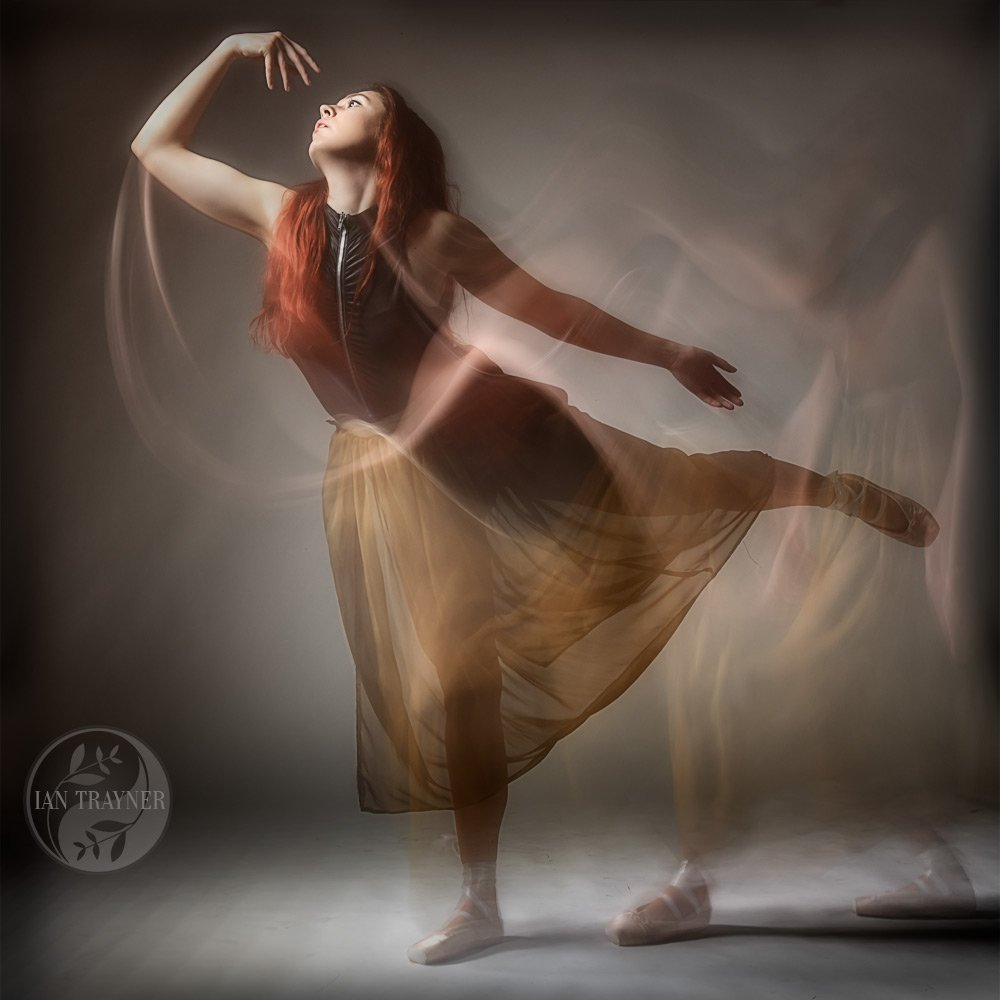 Creative and artistic photo portraits by Ian Trayner. Katie Berns dance photography.