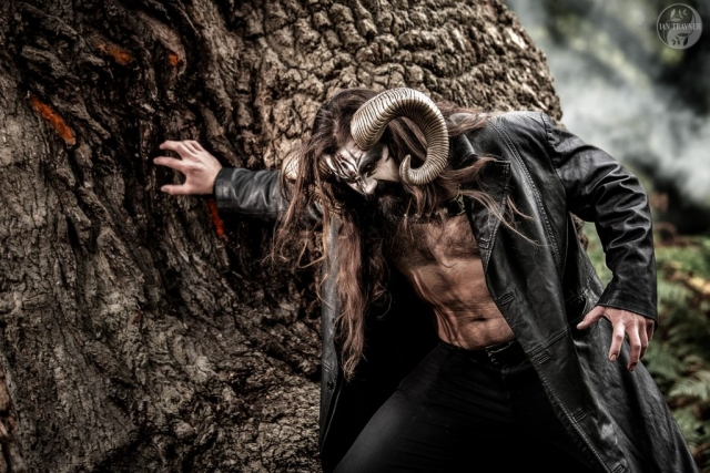 angry horned beast photographed by Ian Trayner