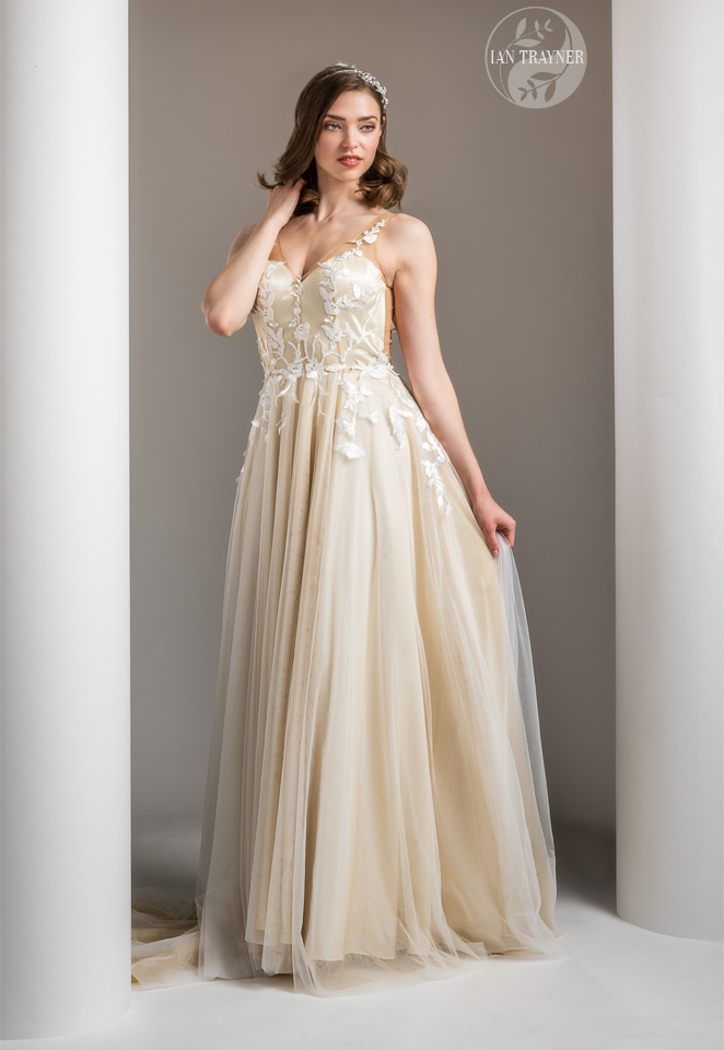 """Erika Sviderskyte wearing bridal gown """"Gwen"""" by Shamali. From her 2021 """"Divine"""" collection."""
